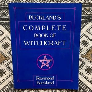 BUCKLAND'S COMPLETE BOOK OF WITCHCRAFT Wicca